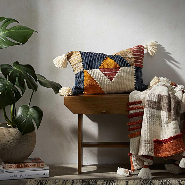 geometric-patchwork-cushion-35-x-50-cm