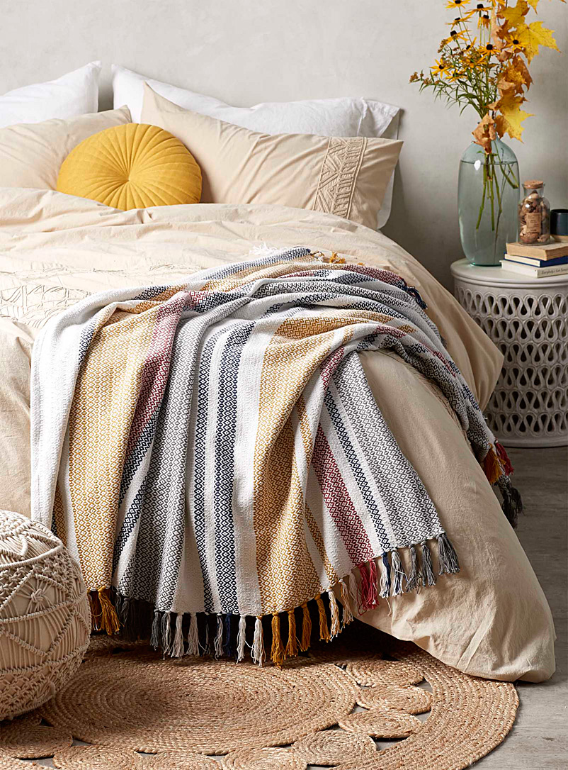 diamond-stripe-throw-br-130-x-150-cm
