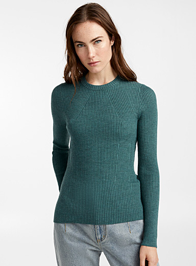 Fern ribbed sweater