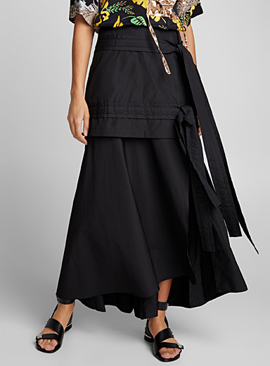 Maxi skirt with tie front