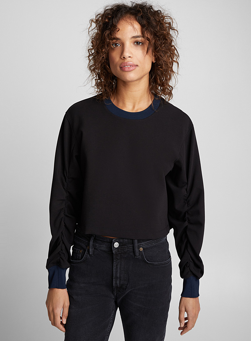 cropped-sweatshirt