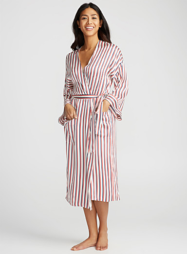 Twin-stripe robe