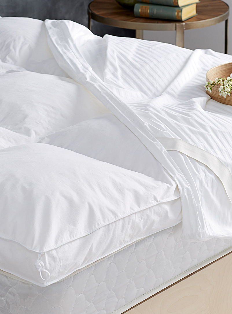 Le Germain Hôtels White Le Germain featherbed