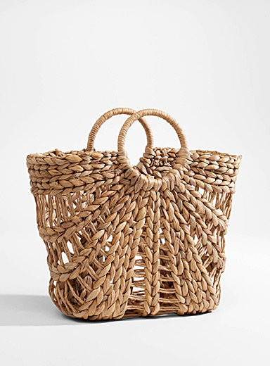 Braided straw tote