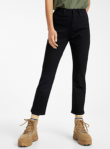 Basic black mom jean