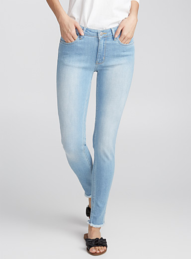 Faded frayed skinny jean