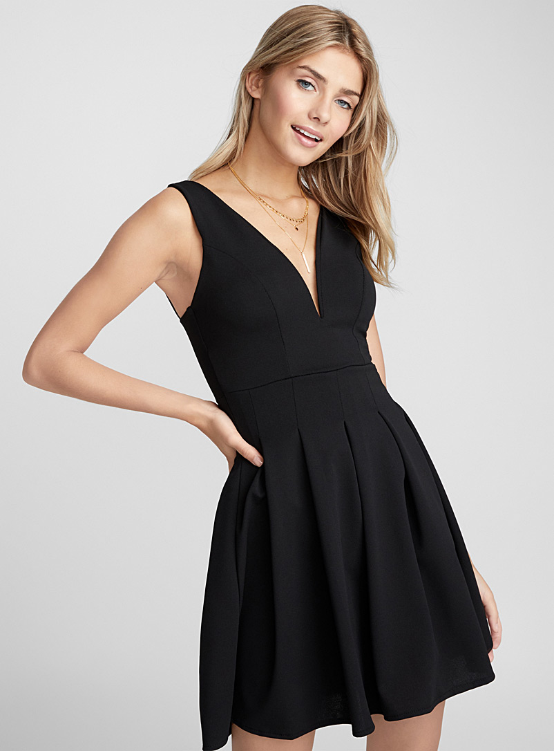 Accent-pleated dress - Short - Black