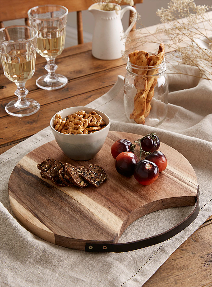 Ladelle Assorted Axel round serving platter