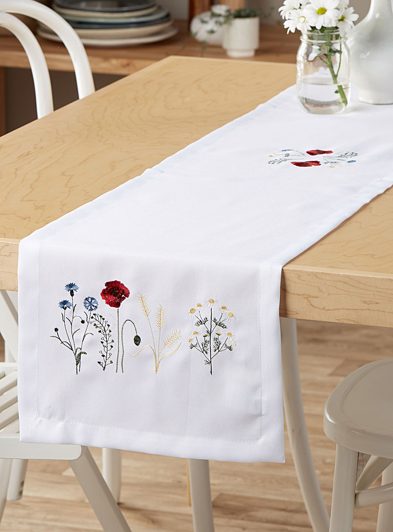 Simons Maison Patterned White Flowery field table runner  35 x 180 cm