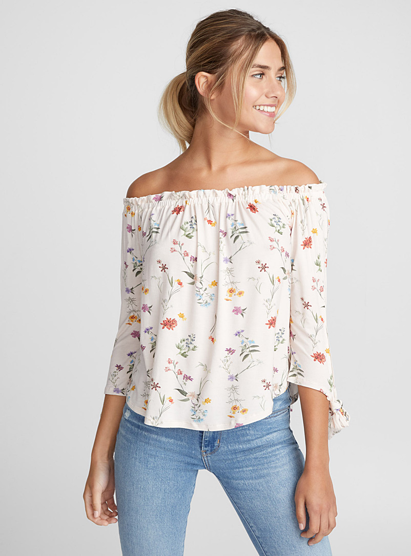 accent-bow-off-the-shoulder-tee