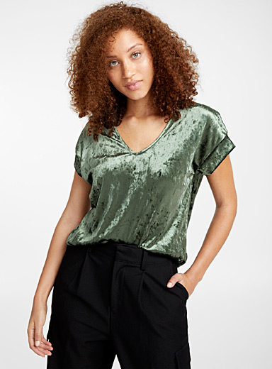 Velvet V-neck blouse