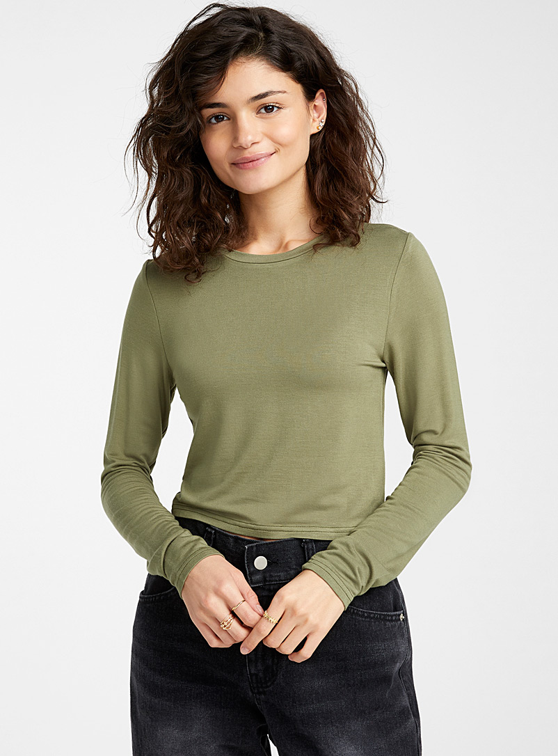Twik Green Basic cropped tee for women