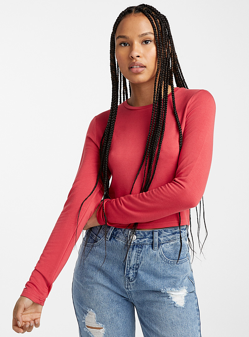 Twik Red Basic cropped tee for women
