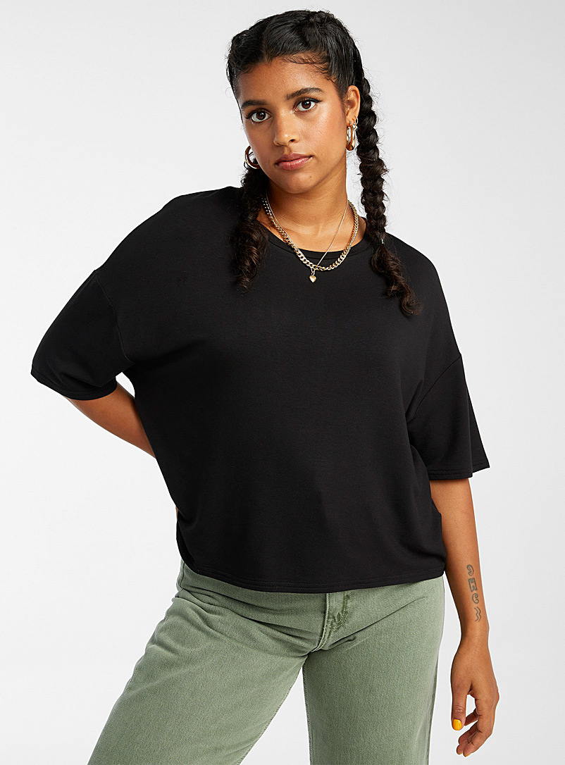 Twik Black Boxy tee for women