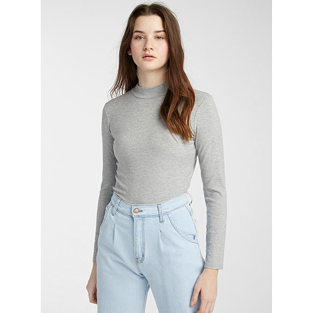 finely-ribbed-mock-neck