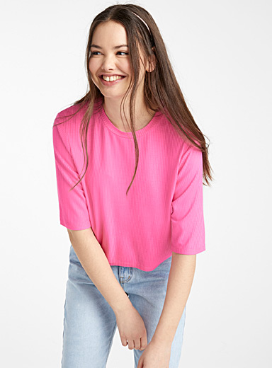 Finely ribbed loose tee