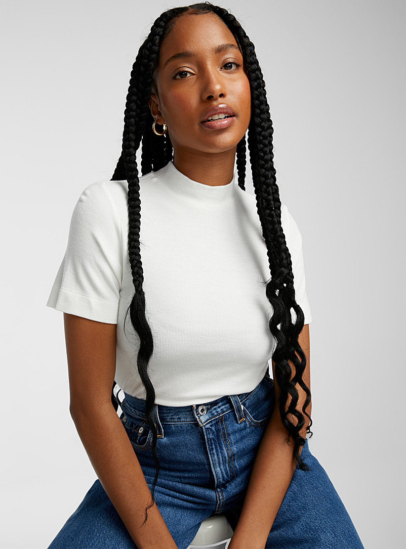 Eco-friendly mock-neck rayon tee