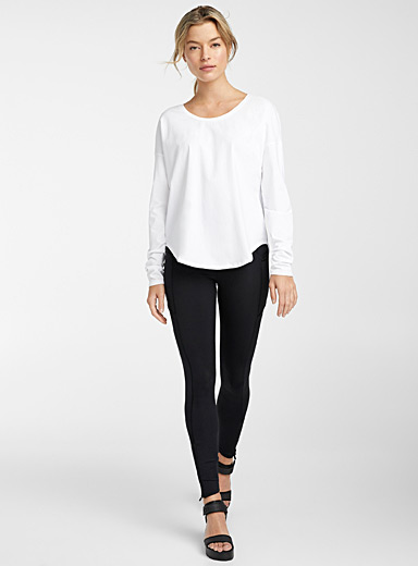 Organic cotton micro-perforated back tee