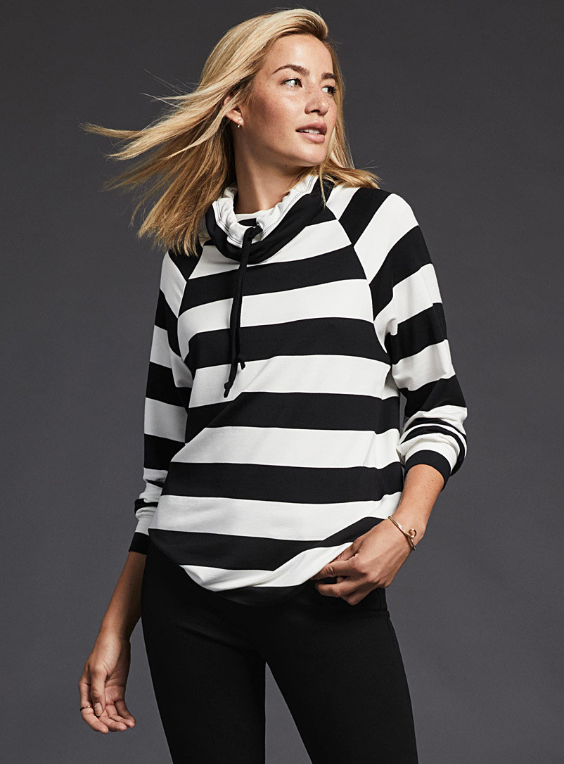 drawstring-collar-striped-sweatshirt