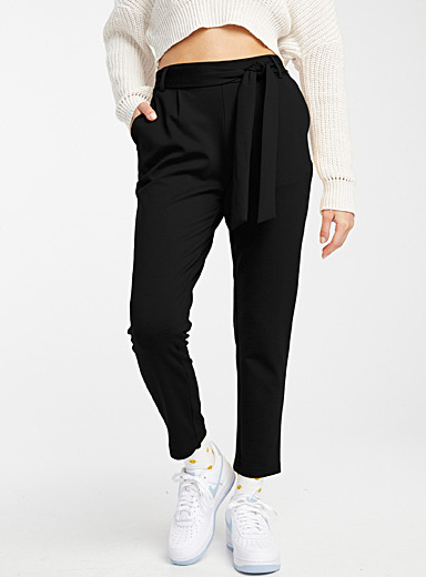Buckled high-rise pant
