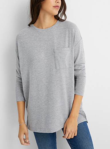 Contemporaine Light Grey Loose accent-pocket tunic for women
