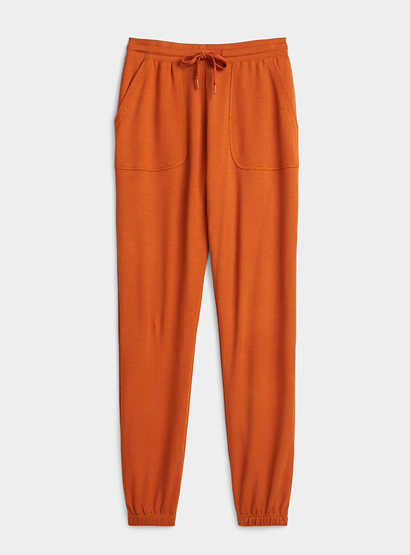 Solid fluid jogger pant