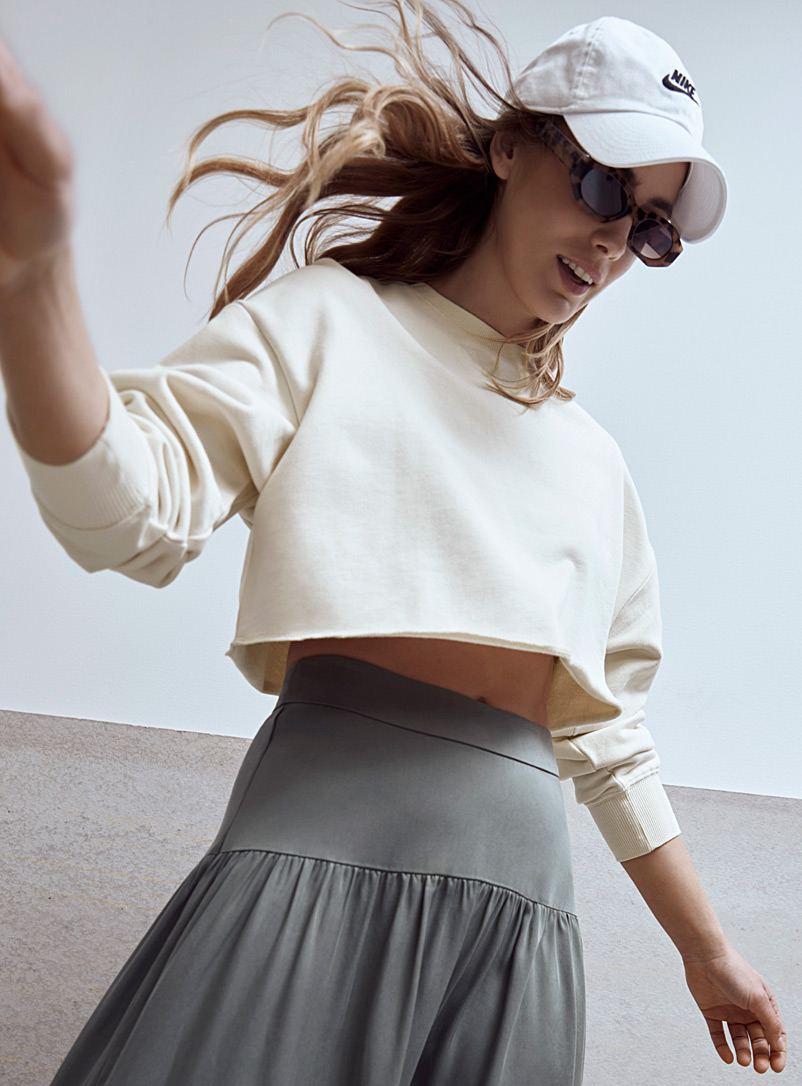 Rolled-hem cropped sweatshirt