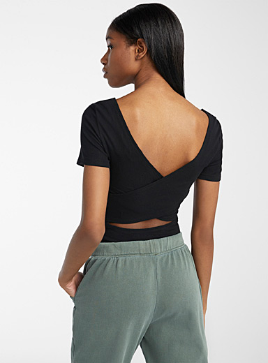 Crisscrossed open-back tee