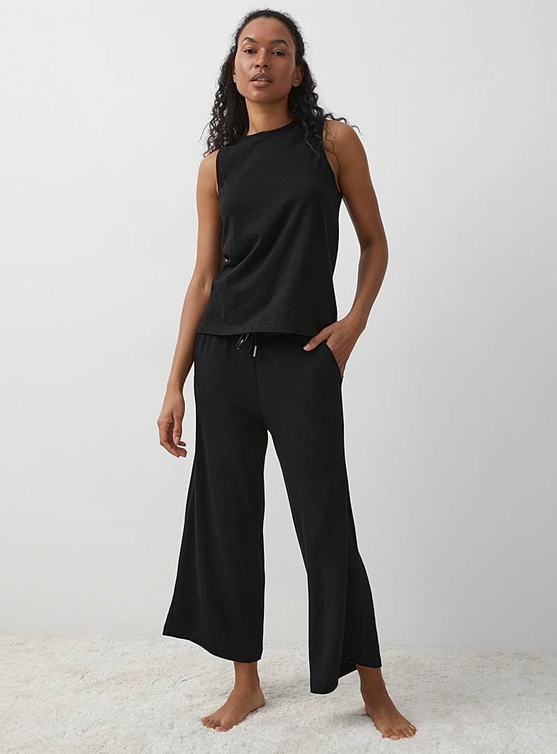 Miiyu Black Modal ultra soft gaucho pant for women