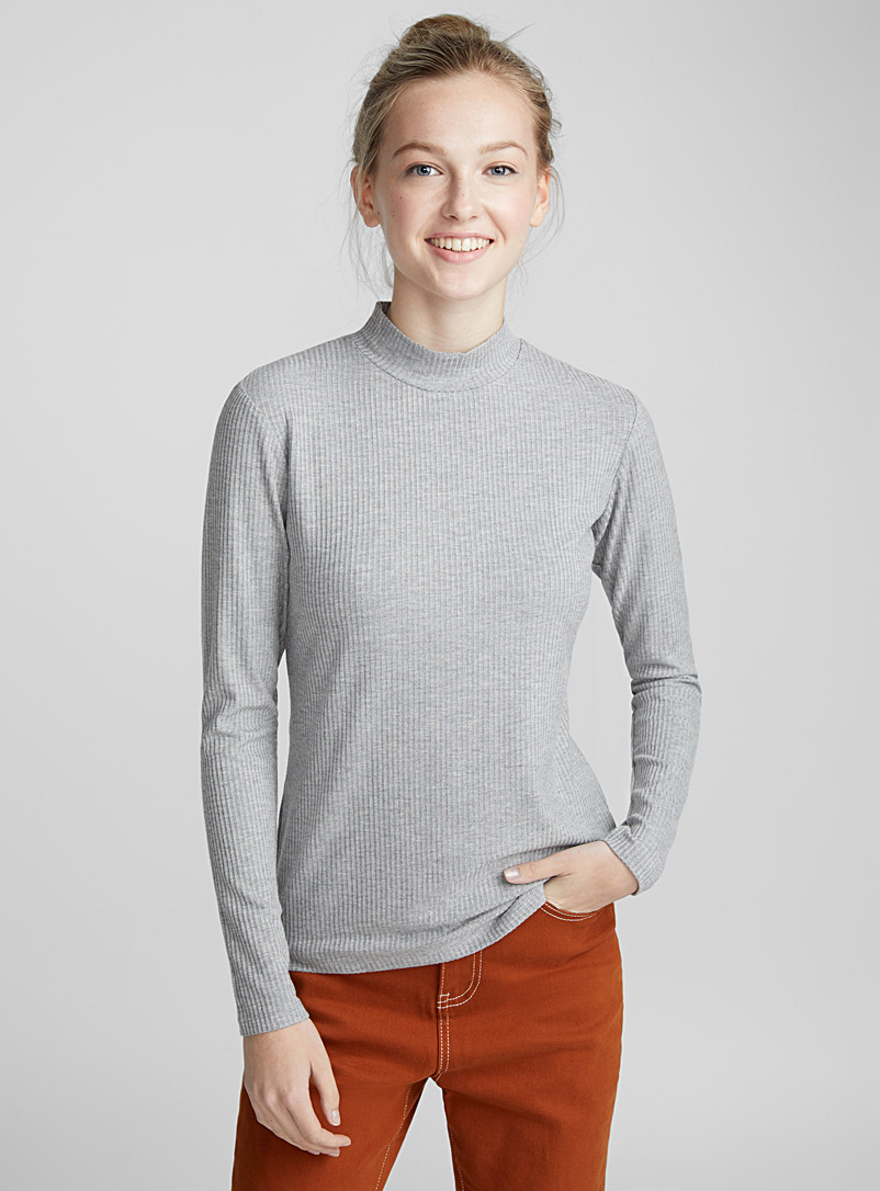 ribbed-mock-neck-sweater
