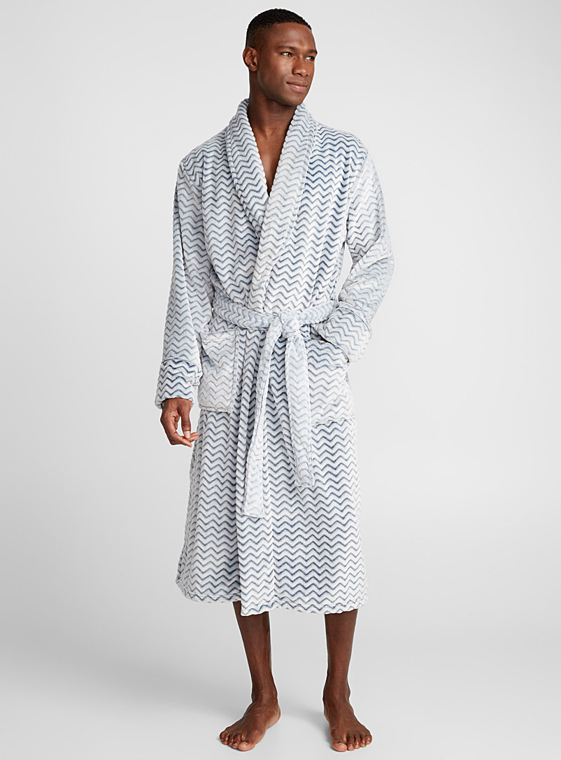 zigzag-plush-robe