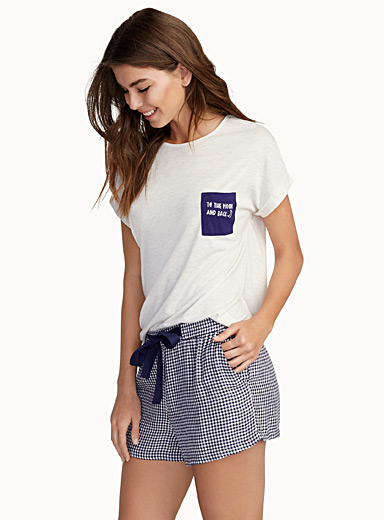 Embroidered message pocket tee
