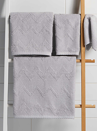 Textured herringbone towels