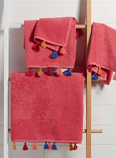 Colourful tassel towels