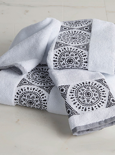 Medallion Turkish cotton towels