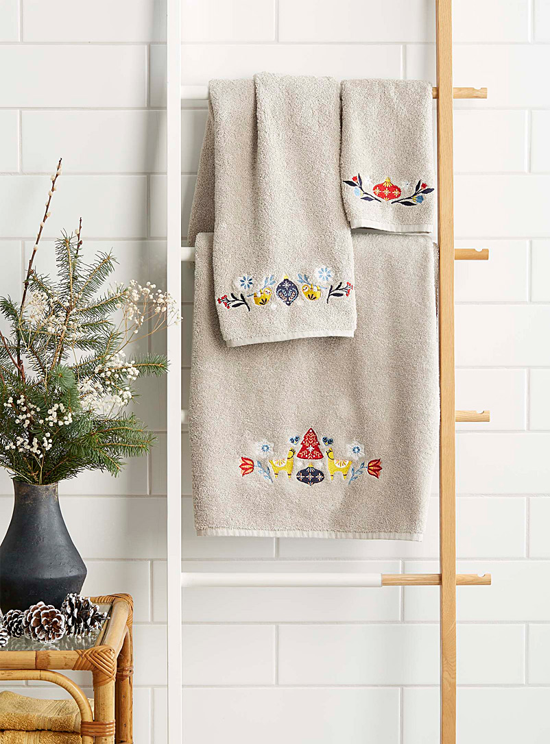 andean-christmas-towels