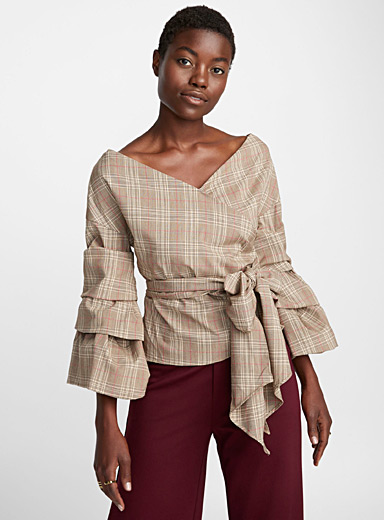Tiered-sleeve fine-checked blouse