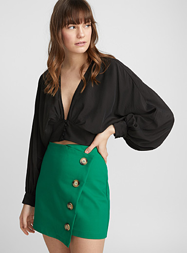 Cropped V-neck blouse