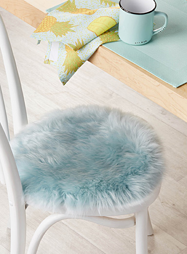 Soft coloured sheepskin chairpad  34 cm round