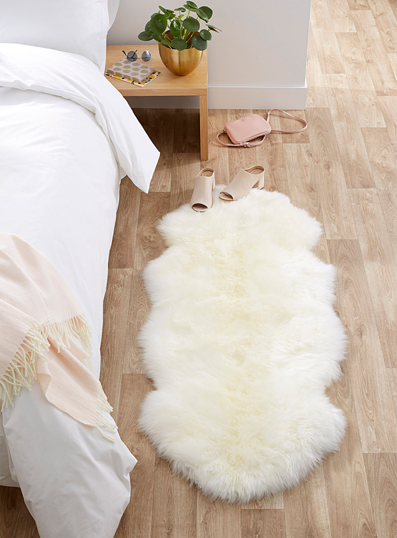 Genuine sheepskin area rug  55 x 135 cm - Neutral Basics - Ivory White