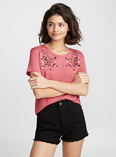Le tee-shirt broderies accent