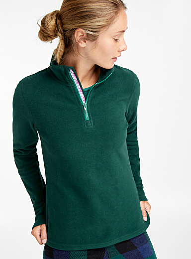 Recycled fibres zip-neck fleece