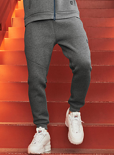 Contrast-detail joggers