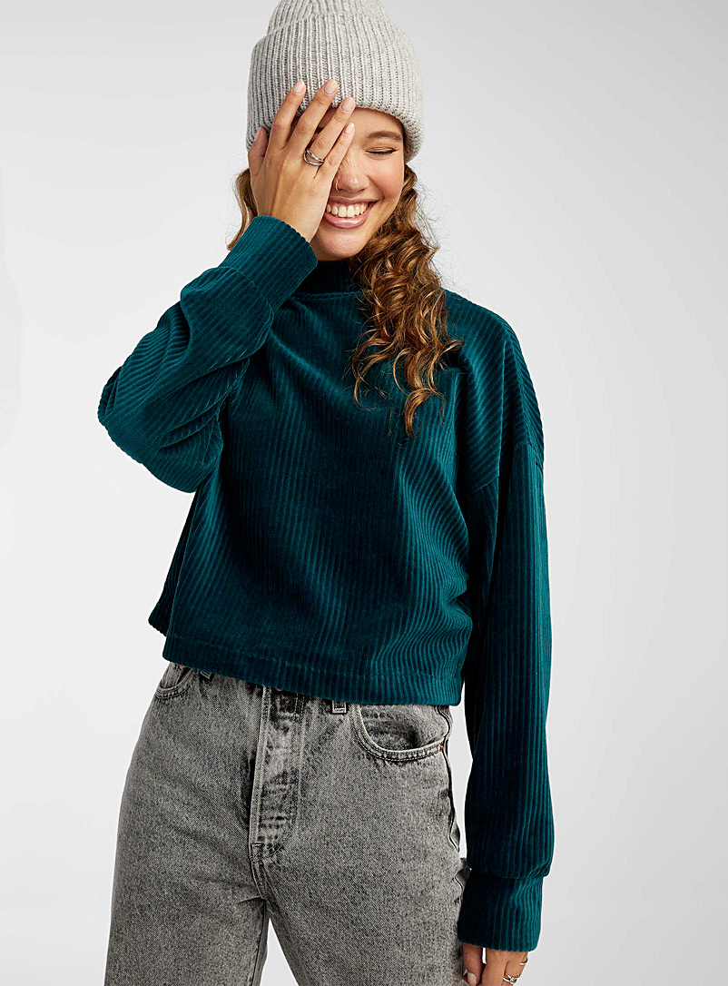 Corduroy mock-neck cropped tee