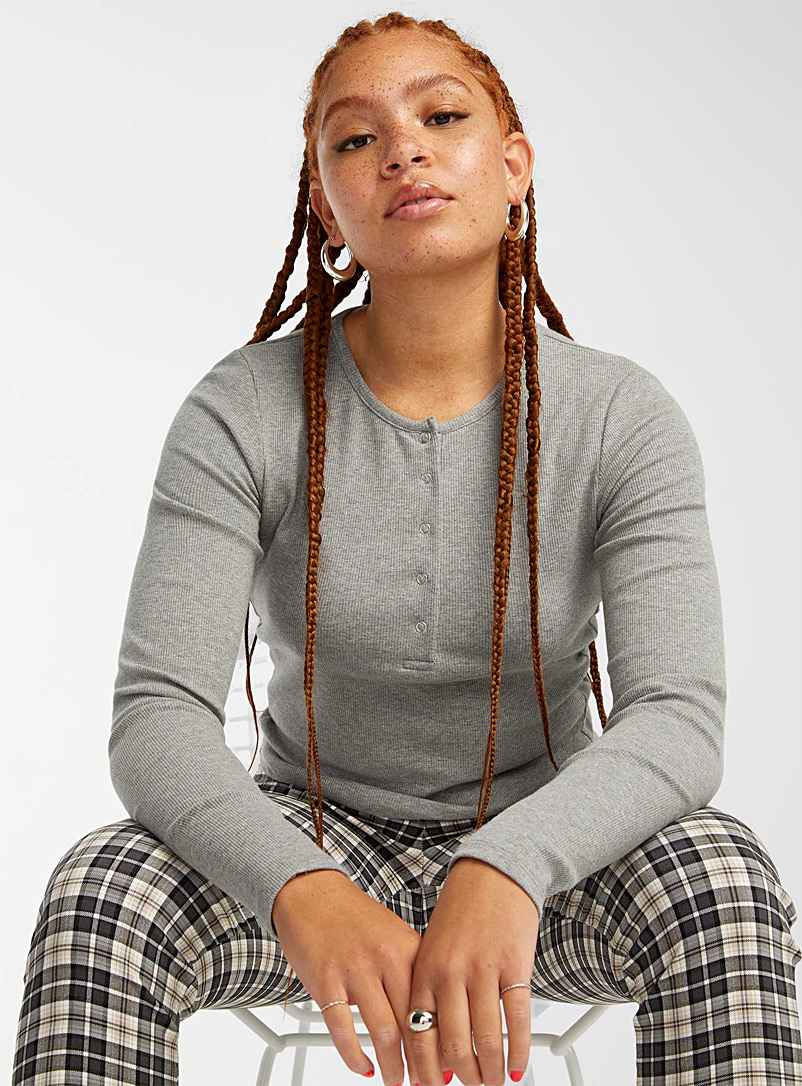 Twik Oxford Snap-button cropped ribbed tee for women