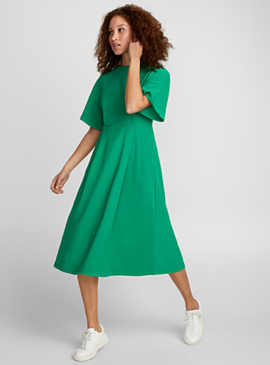 Box pleat fluid dress