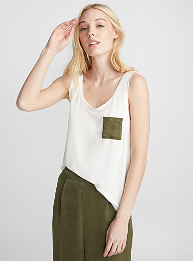 Satiny pocket cami