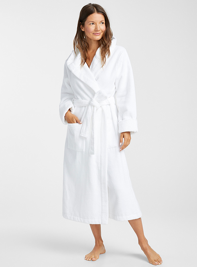 Miiyu White Organic cotton long hooded terry robe for women