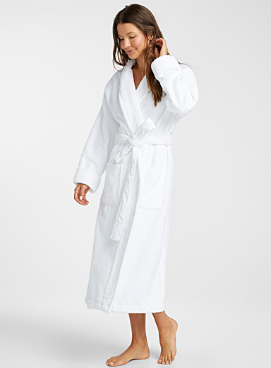 Miiyu White Organic cotton long bouclé terry robe for women