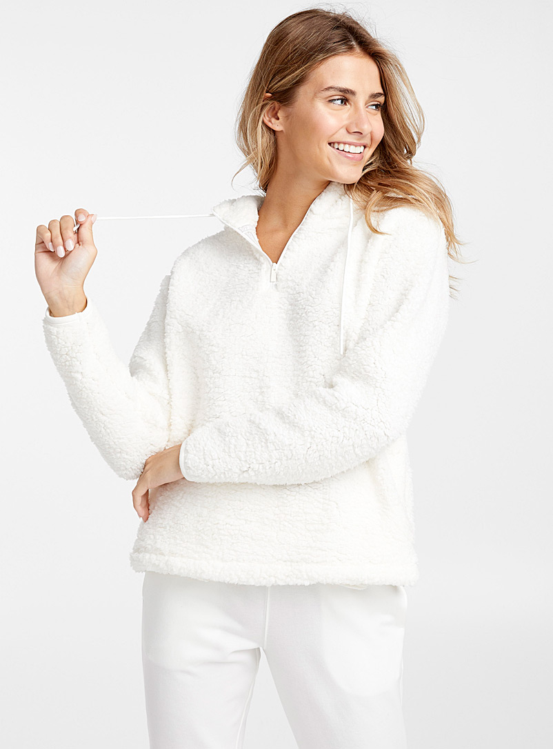 sherpa-hooded-sweatshirt